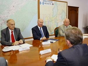 На встрече. Фото с сайта www.irkobl.ru