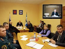 На совещании. Фото с сайта www.irkobl.ru