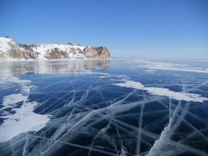 На Байкале зимой. Фотография из архива Евгения Глазунова