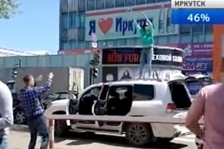 krasivaya-devushka-masturbiruet-anaglif-porno
