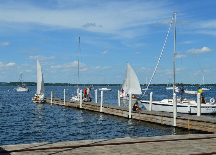 Озеро Мендота, одно из трех главных озер, на которых стоит город