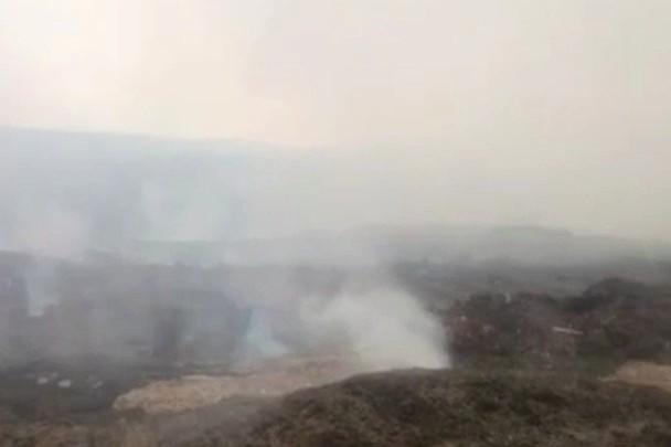Пожар на свалке опилок. Фото ГУ МЧС России по Иркутской области