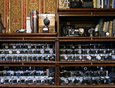 Коллекционер отмечает, что фотоаппараты всегда привлекали его своим техническим совершенством, эргономикой и красотой.