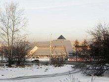 Вид на Ледовый дворец. Фото Анастасии Украинской