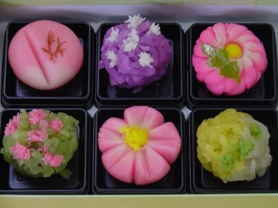 Вагаси. Фото с сайта http://giftjap.info