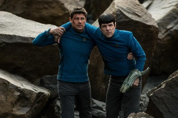 Кадр из фильма «Стартрек: Бесконечность». Фото с сайта www.kinopoisk.ru