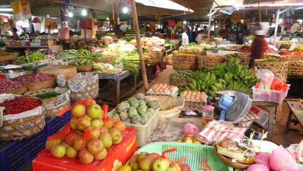Местный продуктовый рынок