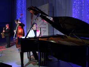 Выступление Дениса Мацуева. Фото с tenfoundation.org.ru