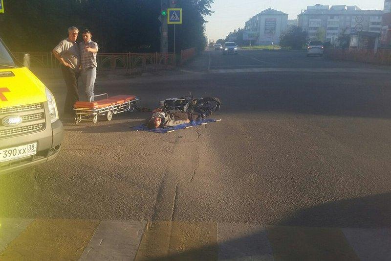 ВАнгарске мотоциклист столкнулся спассажирским автобусом №3