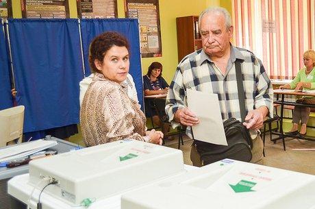 1,9 тысячи избирательных участков открылись вПриангарье вДень голосования