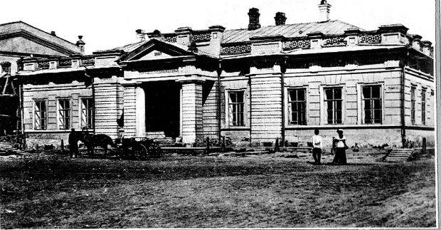 Здание городской библиотеки. Фото из архива «Молчановки»