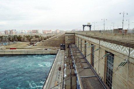 «Евросибэнерго» может приобрести плотины Ангарского каскада ГЭС у«РусГидро»