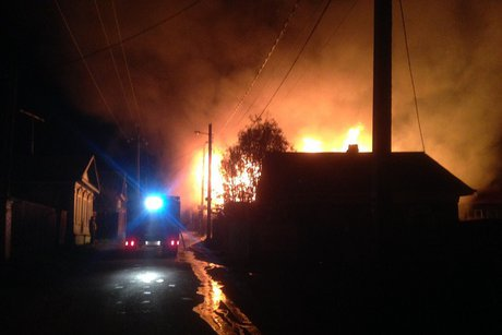 Деревянная личная гостиница «Девятый вал» сгорела вЛиствянке