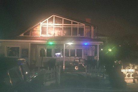 47-летний мужчина умер впожаре вофисе наулице Розы Люксембург