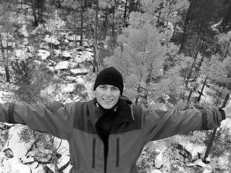 ВШелеховском районе разыскивают 29-летнего туриста