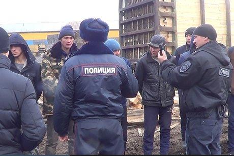 30 нелегалов задержали надеревообрабатывающей базе вИркутске