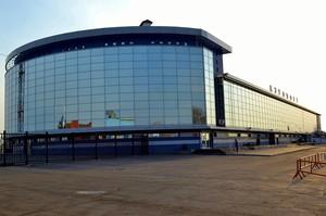 Компания делала остекление для аэропорта «Иркутск». Фото из портфолио «Стекольной компании»