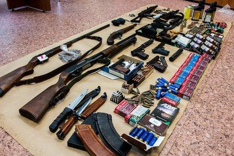 Иркутянина, занимавшегося преступным изготовлением оружия, задержали работники ФСБ