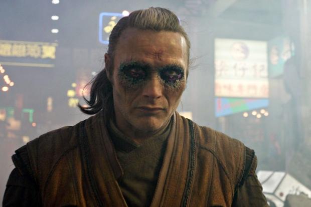 Кадр из фильма «Доктор Стрэндж». Фото с сайта www.kinopoisk.ru