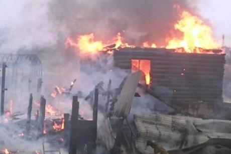 Пенсионерка погибла впроцессе пожара вдеревянном доме вУсолье-Сибирском