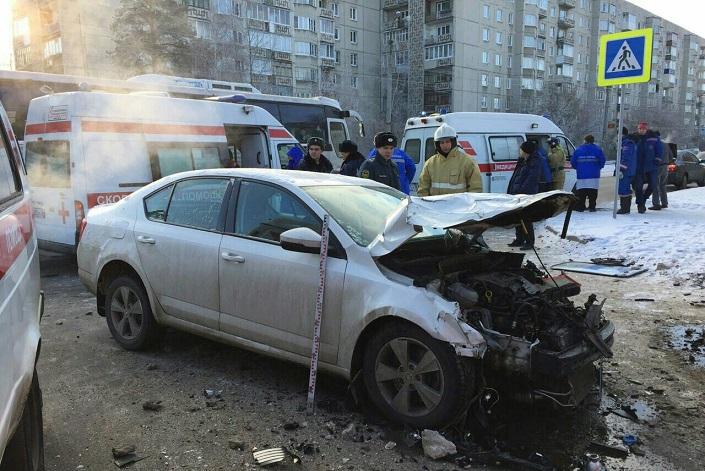 Пятеро пассажиров маршрутки №40 пострадали при столкновении со Шкода Octavia вАнгарске