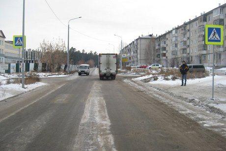 ВАнгарске старый автомобилист сбил женщину сребёнком на«зебре» иуехал