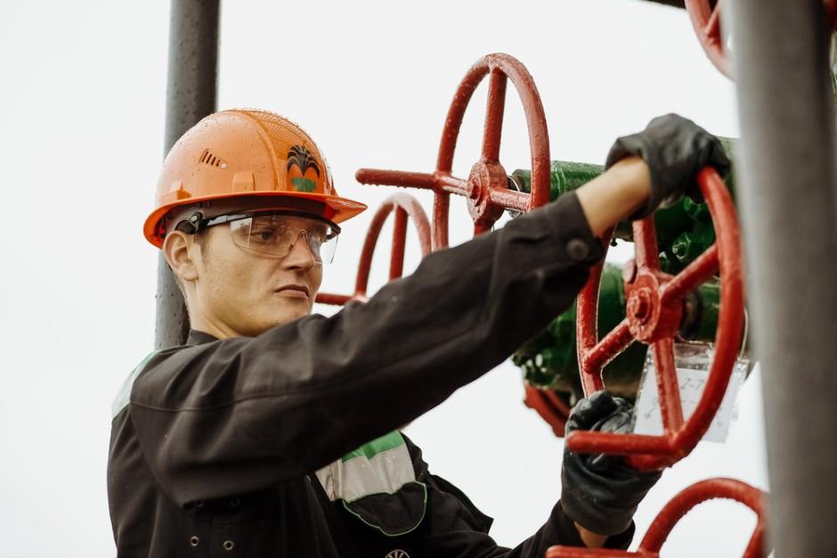 Оператор добычи нефти