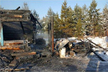 Двое мужчин погибли напожаре всторожке вНижнеудинском районе