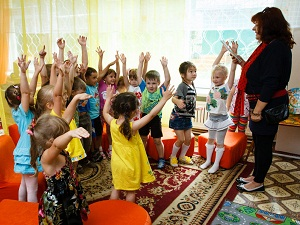В детском саду. Фото с сайта www.admirkutsk.ru