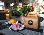 Десерты в кофейне можно взять с собой