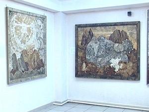 Картины Евгения Ушакова. Фото из архива «АС Байкал ТВ»
