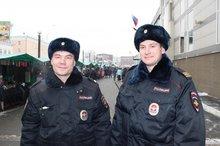 Сергей Костюченко и Юрий Селенгин. Фото пресс-службы ГУ МВД по Иркутской области