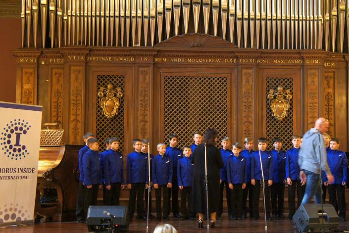 «Байкал-хор» на конкурсе. Фото из архива коллектива