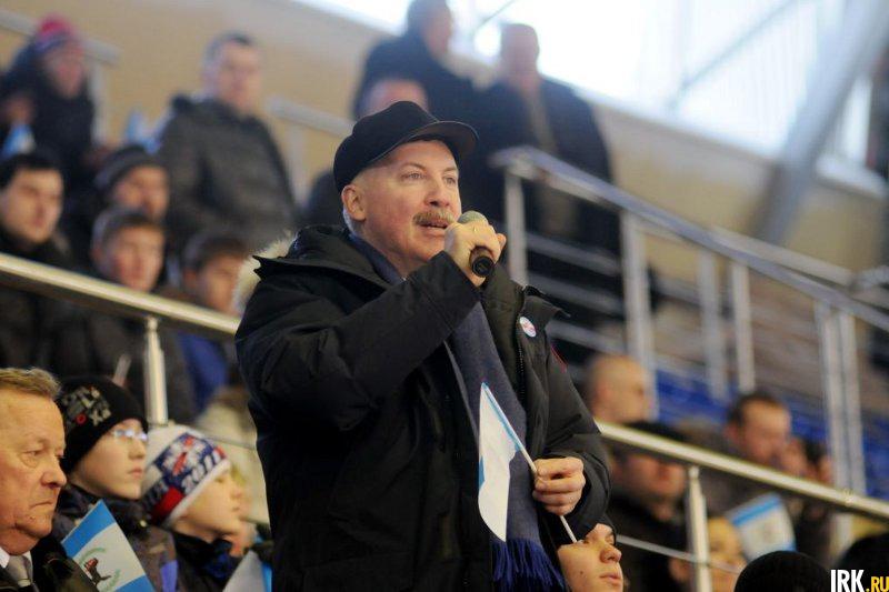 Дмитрий Мезенцев на первом матче в Ледовом дворце в 2011 году. Автор фото — Юрий Назыров