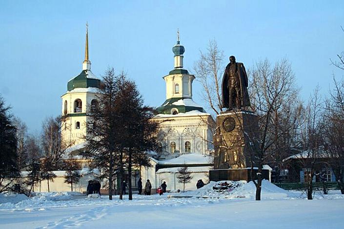 Памятник Колчаку в Иркутске. Фото с сайта www.sakharov-center.ru