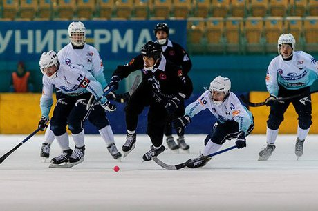 «Байкал-Энергия» победил «Кузбасс» вматче чемпионата РФ похоккею смячом