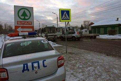 Шофёр  «Nissan» сбил юного  человека на«зебре» вИркутске