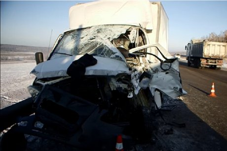 ВЧеремховском районе Иркутской области в итоге ДТП умер шофёр «ГАЗ 172412»