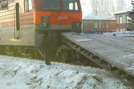Электровоз игрузовой поезд столкнулись наст. Иркутск-Сортировочный