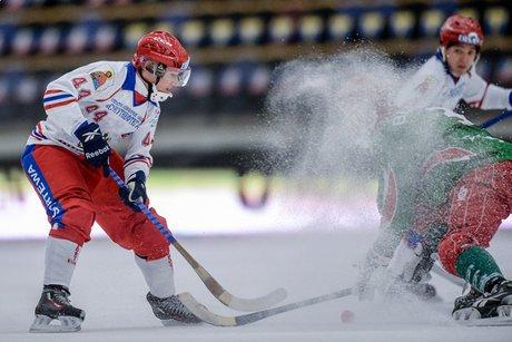 Сборная Беларуссии похоккею смячом проиграла россиянам срезультатом 0:17