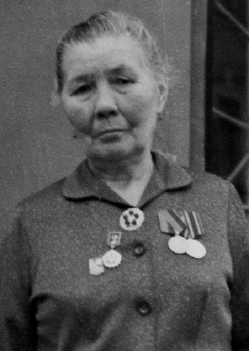 Ворошнина Мария Тимофеевна -- ветеран труда