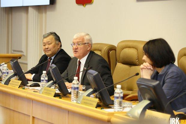 Кузьма Алдаров, Сергей Брилка и Наталья Дикусарова. Автор фото -- Андрей Фёдоров