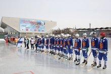 На открытии первенства мира по хоккею с мячом среди девушек. Фото пресс-службы правительства Иркутской области