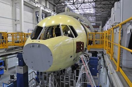 Иркутский самолет МС-21 начнут поставлять осенью последующего года