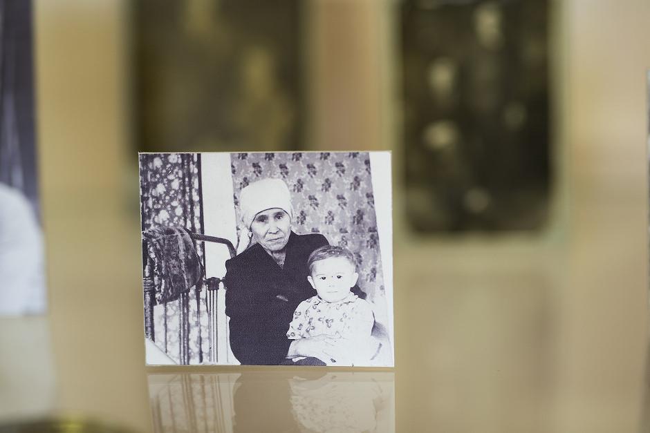 Бабушка писателя Мария Егоровна. Именно она послужила прототипом старухи Дарьи — главной героини «Прощания с Матёрой»