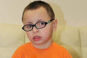 Диме Гомзякову срочно требуется лечение