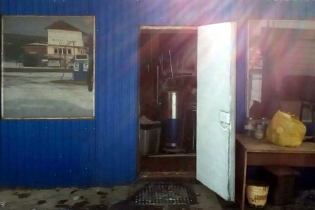 Владелец демонтировал кафе узбекской кухни наулице Баррикад