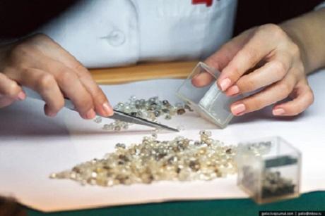 Учёные изИркутска планируют сделать квадрокоптер для поиска алмазов