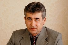 Бывший главврач Олег Кухарский. Фото с сайта uigb.ru