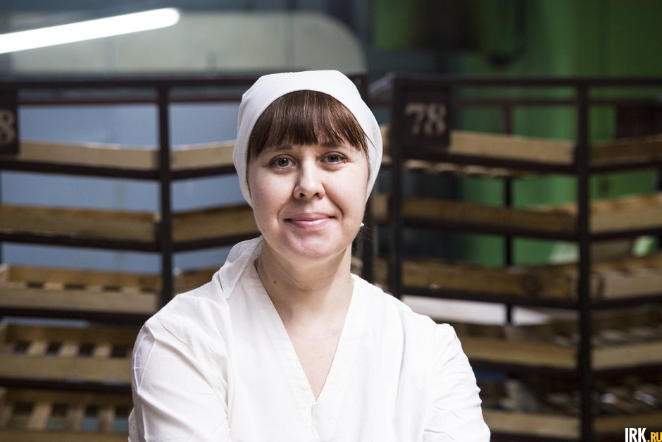 Евгения Родина работает на хлебозаводе два года